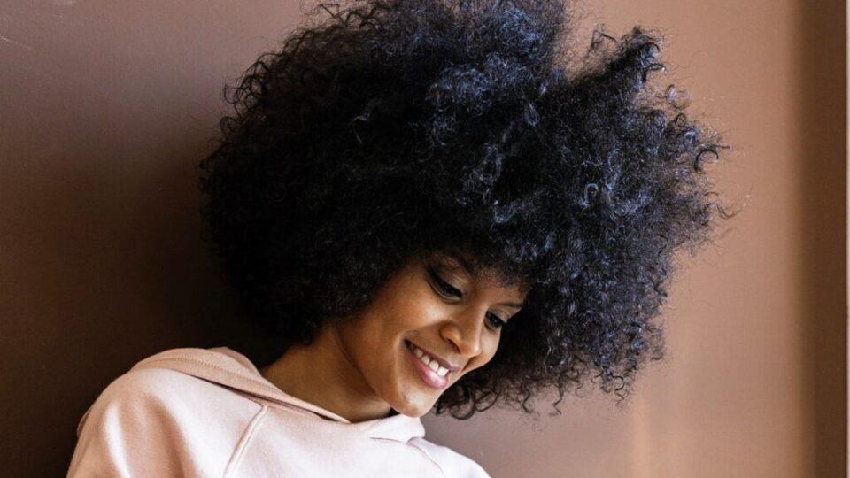 woman_natural_curls