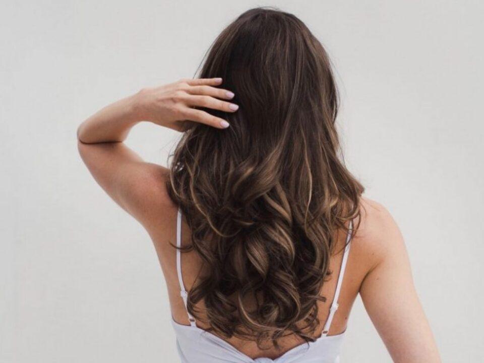 vitamins-Long-Hair–744×562